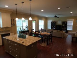 1466 Mill Creek Dr, Baker, FL 32531