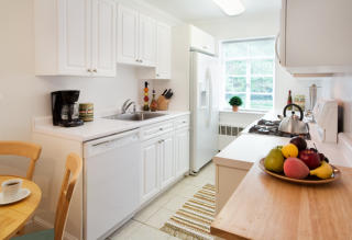 1223 Beacon St, Brookline, MA 02446