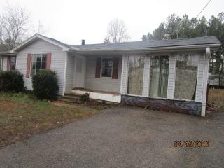 8585 State Route 100 E, Jacks Creek, TN 38347