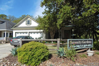 102 Serenity Dr, Boerne, TX 78006