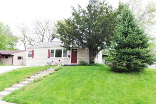 1611 Robeson Ave, Bettendorf, IA 52722