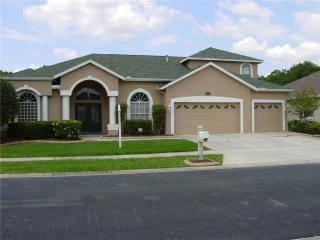 1331 Deerbourne Drive, Wesley Chapel FL