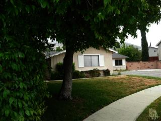 2178 May Court, Simi Valley CA