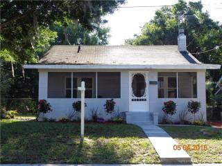 711 North Clara Avenue, Deland FL