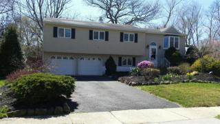 8 Thorne Place, New Monmouth NJ