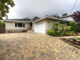 815 Mohican Way, Redwood City CA