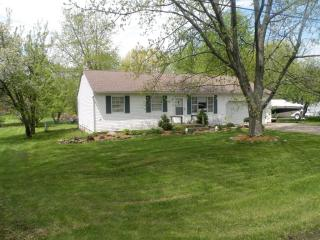 52 1st Ave SW, Etna, OH 43062