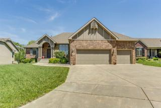 714 East Crescent Lakes Drive, Andover KS