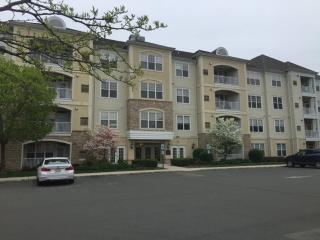 435 Masterson Ct, Trenton, NJ 08618