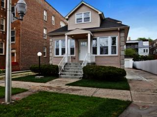 8435 South Maryland Avenue, Chicago IL