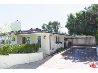 9881 Beverly Grove Dr, Beverly Hills, CA 90210