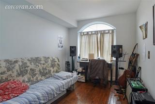 205 Cornelia St #2, Brooklyn, NY 11221