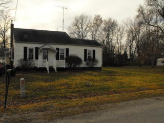 709 West Bond Avenue, Patoka IL