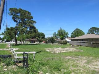 2320 Memorial Park Drive, New Orleans LA