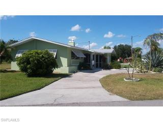 4224 Southeast 1st Court, Cape Coral FL