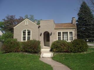 653 Saint John Street, Elgin IL