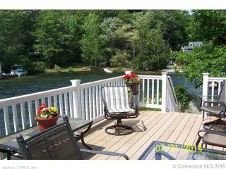 5 Laurel Passway, Barkhamsted, CT 06063