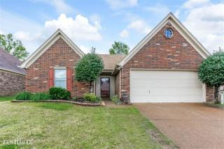 9586 Daly Dr, Lakeland, TN 38002