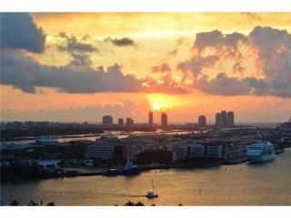 244 Biscayne Boulevard #2805, Miami FL