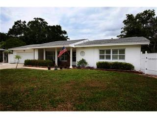 3723 Sunset Circle, Largo FL