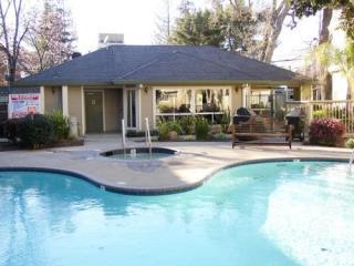 2530 Oak Road #107, Walnut Creek CA