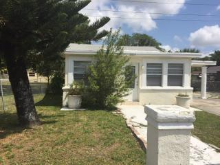 2837 NW 9th Ct, Fort Lauderdale, FL 33311