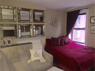 58 W 8th St #4F, New York, NY 10011
