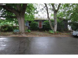 9207 North Burr Avenue, Portland OR