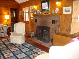 33 Marden Point Rd, Holderness, NH 03245