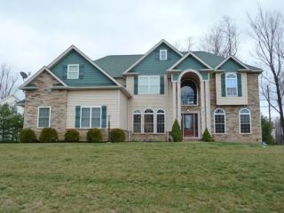 206 Carpenter Hill Rd, South Abington Township, PA 18411