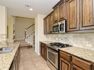22217 Red Yucca Rd, Spicewood, TX 78669