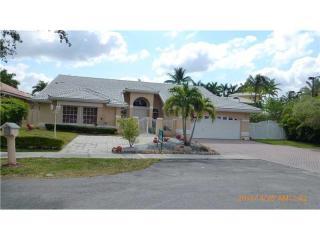 15829 NW 82nd Ct, Miami Lakes, FL 33016
