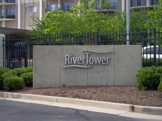 655 South Riverside Drive #305B, Memphis TN