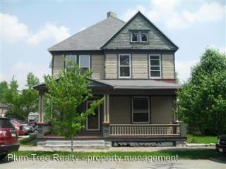 17 S Main St, West Alexandria, OH 45381