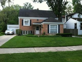 2143 Oak Avenue, Northbrook IL