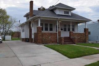2048 Douglas Avenue, Racine WI