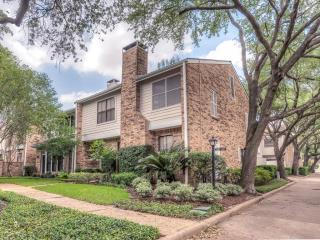 1473 Bering Drive #140, Houston TX