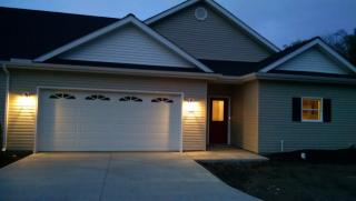 7309 Greenlawn Dr, North Ridgeville, OH 44039