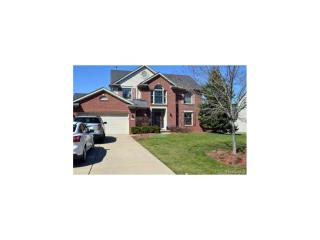 8692 Golf Lane Dr, Commerce Township, MI 48382