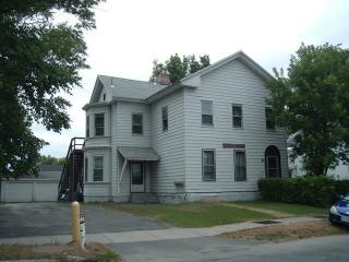 141 Francis Ave, Pittsfield, MA 01201