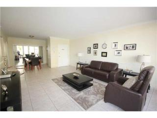 5601 Collins Avenue #415, Miami Beach FL