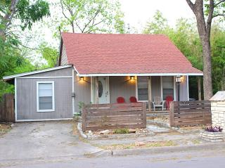 1908 Riverview St, Austin, TX 78702
