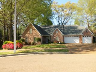 895 Lancelot Circle, Collierville TN