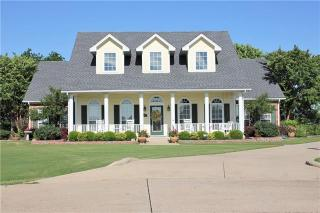 676 Brookglen Court, Waxahachie TX