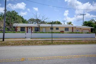 629 6th Street, Lake Park FL