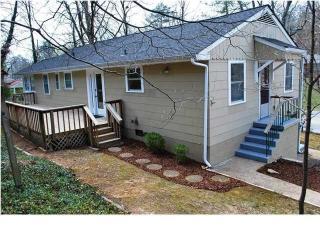 1302 Woodhill Dr, Chattanooga, TN 37405