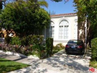 110 N Oakhurst Dr, Beverly Hills, CA 90210