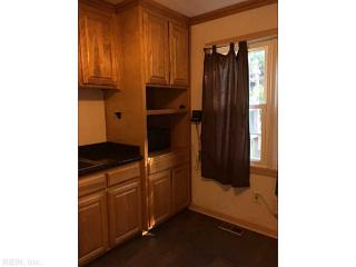 308 Hammond St, Newport News, VA 23601