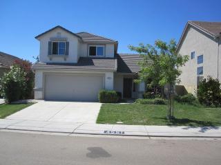 4551 Eiffel Dr, Stockton, CA 95206