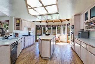 206 S Carrillo Rd, Ojai, CA 93023